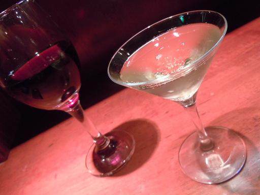 赤ワインとシャンパン