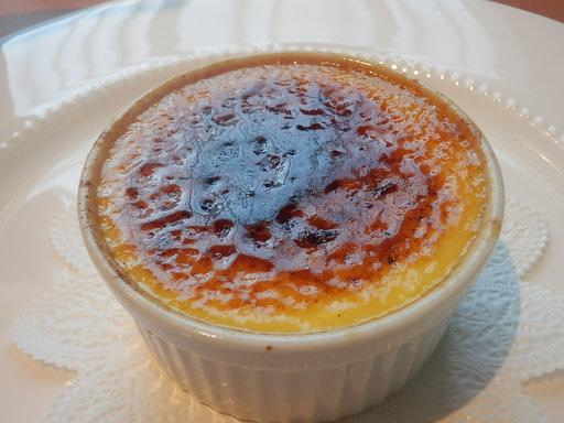 こだわり卵を使ったブリュレ クレマ・カタラーニャ